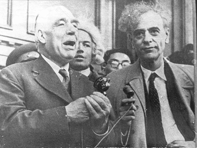 Bohr and Landau discussed the importance of imagination for the  development of physics